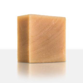 Der süßliche Duft der Ringelblume verleiht der Seife eine besondere Note. Die heilenden Wirkstoffe des Calendula-Extraktes sind eine Wohltat für rissige und trockene Haut.