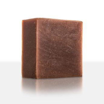 Unsere Schokoseife zaubert geschmeidig-weiche Haut mit Honig, Vitaminen und extra viel Kakaobutter und verführt mit einem herrlichen Duft nach Schokolade. Zum Reinbeißen!