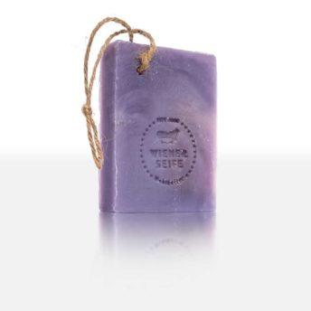 Duftwogen - eine herrliche Duftseife, die Nase und Seele in die Lavendelfelder der Toskana entführt. Mit praktischer Kordel. Ideales Geschenk.