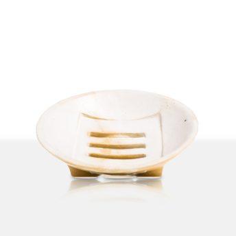 Händisch hergestellte Seifenablage aus Keramik, gesintert.